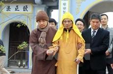 Des dirigeants de Hanoi formulent leurs vœux du Têt au vénérable Thich Pho Tue