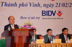 Rencontre avec des investisseurs à Nghe An à l'occasion du Printemps Binh Than 2016