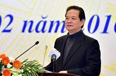 Le PM assiste à une réunion avec les conseillers commerciaux vietnamiens à l'étranger