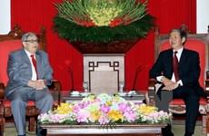 Approfondir l'amitié entre les partis communiste vietnamien et français