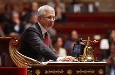 Le président de l'AN française entame sa visite officielle au Vietnam