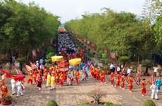 Un festival d'activités pour honorer le Temple des rois Hùng