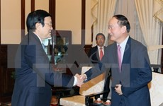 Le directeur général de Samsung Vietnam reçu par Truong Tan Sang