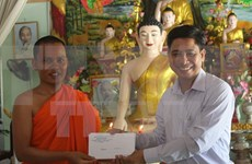 Vinh Long : félicitations aux Khmers à l'occasion de la fête Chôl Chnam Thmây