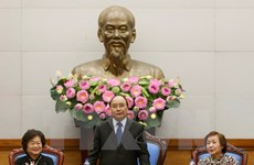 Le Premier ministre loue la direction du Fonds de bourses d'études Vu A Dinh