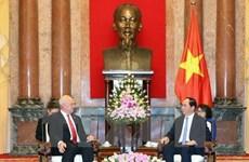 Le président Tran Dai Quang reçoit les ambassadeurs de Russie et du Japon