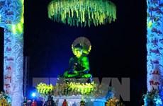 Ninh Binh accueille la statue du Bouddha de Jade pour la paix universelle