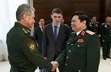 Le ministre de la Défense Ngô Xuân Lich en visite officielle en Russie
