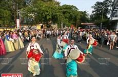 Huê et ses deux grandes fêtes de rue