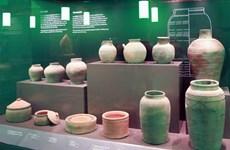Exposition d'objets archéologiques au nouveau siège de l'Assemblée nationale