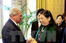 Visite de travail de la vice-présidente de l'AN Tong Thi Phong en Italie