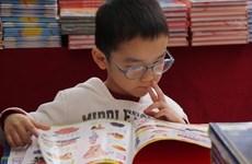 Foire des livres au Temple de la Littérature de Hanoi