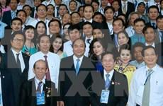Le Premier ministre invite la presse à accompagner les entreprises pour édifier le pays