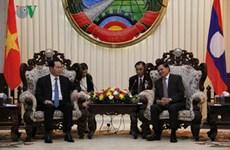 Le président Trân Dai Quang rencontre le PM et la présidente de l'AN du Laos