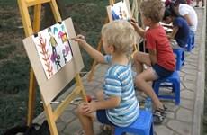 Un concours international de peinture pour enfants à Hanoi