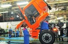 Le constructeur de camions russe KAMAZ veut renforcer ses exportations au Vietnam