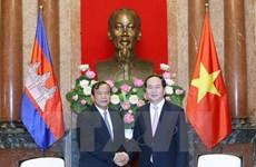Des dirigeants vietnamiens reçoivent le ministre cambodgien des Affaires étrangères