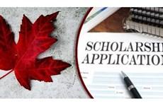 Le Canada accorde des bourses d'études à des étudiants vietnamiens