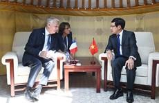 Rencontres bilatérales de Pham Binh Minh en marge de l'ASEM 11