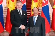 Le Premier ministre slovaque termine sa visite officielle au Vietnam
