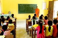 Kien Giang encourage l'enseignement de la langue khmère aux jeunes khmers
