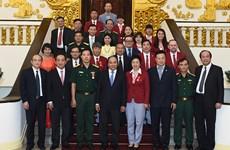 Le PM félicite les sportifs vietnamiens participant aux JO de Rio de Janeiro