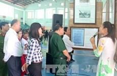 "Exposition ""Hoàng Sa, Truong Sa du Vietnam - les preuves historiques et juridiques"" à Binh Thuân"