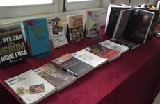 Un coin de littérature russe à la Bibliothèque de Hanoi