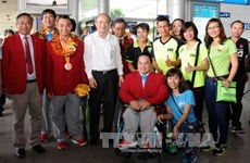 Retour triomphal des sportifs handicapés vietnamiens