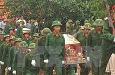 Binh Phuoc: inhumation des restes de 111 soldats morts pendant la guerre