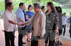 Une délégation d'ambassadrices étrangères en visite à Ninh Binh