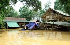 Tout le pays se mobilise pour réparer des dégâts liés aux crues au Centre