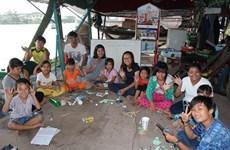 Cân Tho : des classes sur les marchés flottants