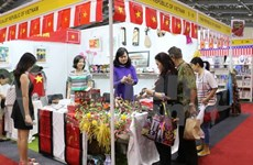 Le Vietnam à la Foire caritative internationale 2016 en Indonésie