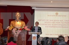 Rencontre entre scientifiques et experts vietnamiens en France