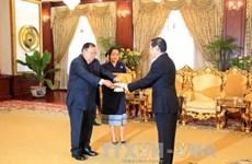 L'ambassadeur du Vietnam au Laos présente ses lettres de créance