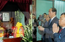 Tran Dai Quang rend hommage au Président Ho Chi Minh