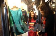 Ouverture du festival de la soie et de la brocatelle de Vietnam-Asie à Hoi An