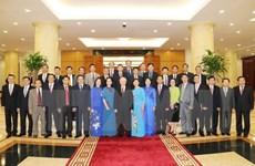 Nguyen Phu Trong rencontre de nouveaux ambassadeurs et représentants vietnamiens