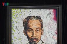 De nombreux documents et objets sur le Président Hô Chi Minh remis à son musée
