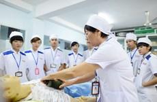 Recrutement de 240 aides-soignants et garde-malades pour travailler au Japon