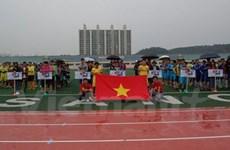 Les Vietnamiens en R. de Corée organisent un tournoi de football en faveur des enfants pauvres