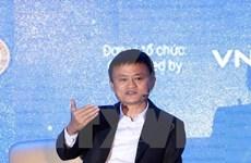 Jack Ma rencontre près de 4.000 étudiants à Hanoï