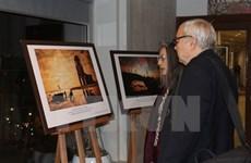 """Exposition de photo """"Splendeurs de la mer du Vietnam"""" à Paris"""