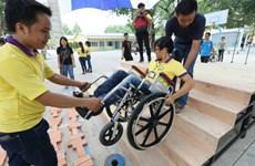 Pour mieux venir en aide aux handicapés