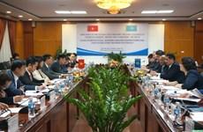 Renforcement des relations du commerce Vietnam-Kazakhstan