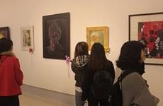 Une exposition sur les beaux-arts rend hommage au président Ho Chi Minh