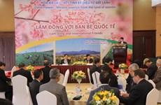 Lâm Dông rencontre des diplomates à l'occasion des floralies de Dà Lat