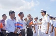 Un navire de la Marine vietnamienne en visite au Cambodge