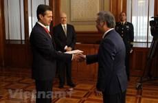 Le président mexicain s'engage à resserrer les liens avec le Vietnam